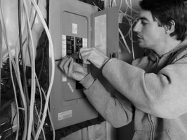 12 Правил электропроводки квартиры